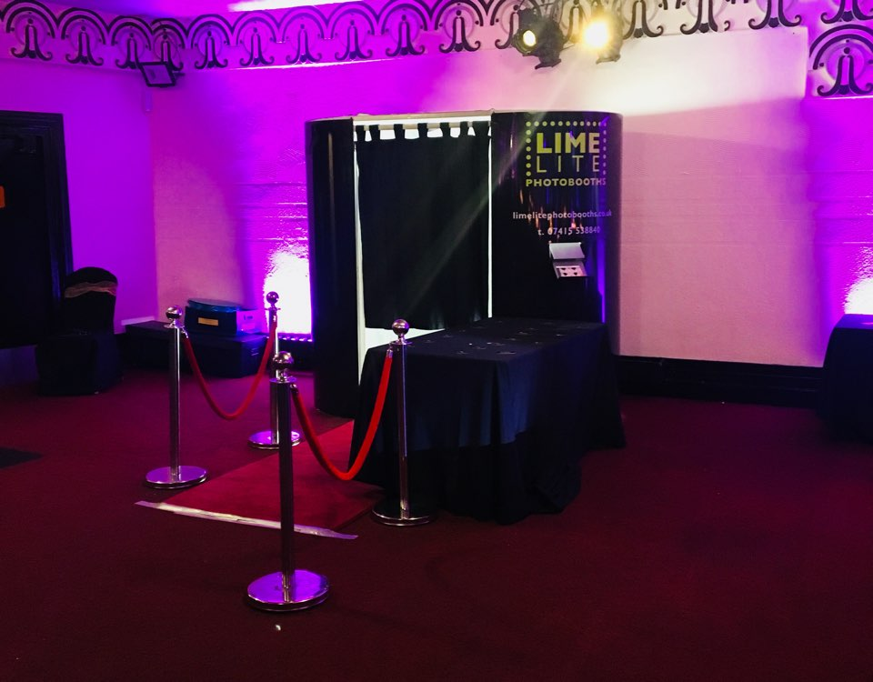Limelite Photobooths Send us a message for your personalised event booking.